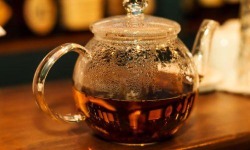紅茶のポット